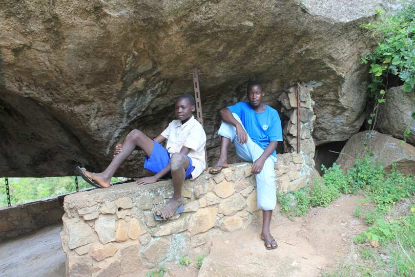 Kumi Nyero Rock Painting Uganda Albis Photos